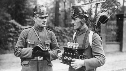 Polizeifunk abhören ist in Deutschland untersagt.