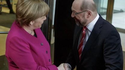 Bundeskanzlern Angela Merkel (CDU) verhandelt nun mit SPD-Chef Martin Schulz.