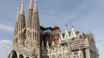 Die Sagrada Família ist das Wahrzeichen von Barcelona.