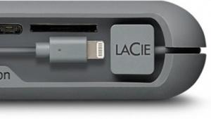 Festplatte und Powerbank in einem