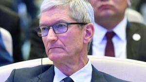 Apple-Chef Tim Cook hat iOS-Update mit abschaltbarer Prozessordrosselung angekündigt