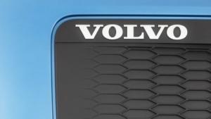 Volvo will elektrisch Lkw fahren.