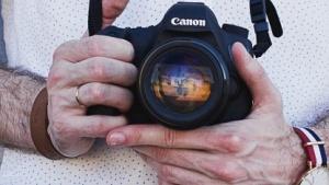 Canon will Fingerabdrücke mit der Kamera auslesen.