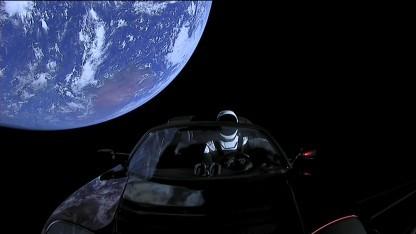 Der Roadster ist im Orbit