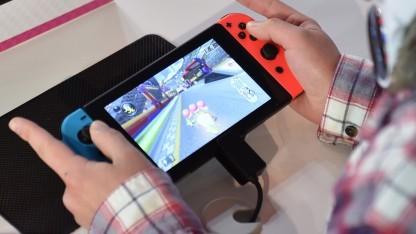Spieler mit Nintendo Switch
