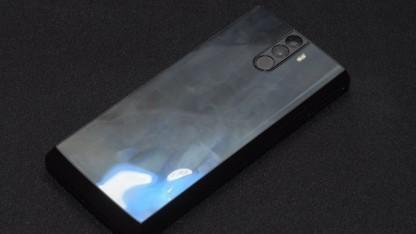 Kein echtes Smartphone: das Energizer Powermax P16K Pro als Mockup