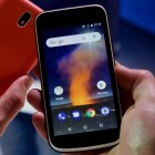 Nokia 1 im Hands On: Android-Go-Smartphone mit Xpress-On-Covern kostet 100 Euro