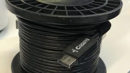 Displayport-Kabel auf der Kabelrolle