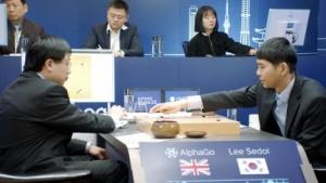 Lee Sedol bei einem seiner Spiele gegen Alpha Go
