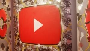 Logo von Youtube auf einer Veranstaltung in New York