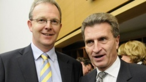 Gemeinsam für Uploadfilter: Axel Voss (l.) und Günther Oettinger