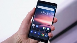 Das Nokia 8 Sirocco von HMD Global