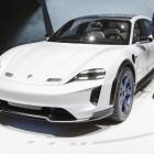 Mission E Cross Turismo: Porsche macht SUV zum sportlichen Elektroauto