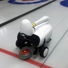 Wintersport: Roboter Curly spielt Curling