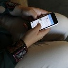 Bildungsministerin: Schüler sollen Schulen mit eigenem Smartphone digitalisieren