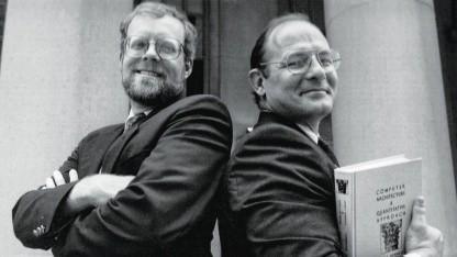 Dave Patterson (r.) und John Hennessy: Mobil- und IoT-Revolution ermöglicht