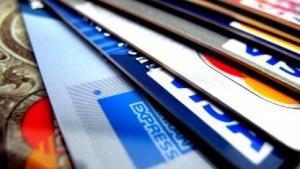 Speichert ein Modell Kreditkartendaten, können diese von Angreifern extrahiert werden.