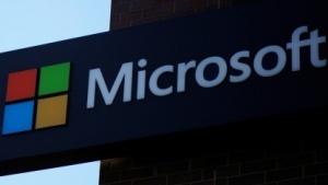 Microsoft integriert Cortana in Outlook Mobile.