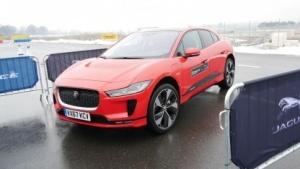Jaguar I-Pace bei der Testfahrt in Genf: Geld für neues Werk oder für Fahrzeugtechnik?