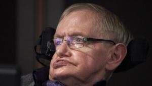 Stephen Hawking bei einem Auftritt im Oktober 2016