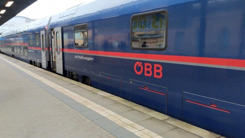 Nightjet 470 der Östereichischen Bundesbahnen in Potsdam