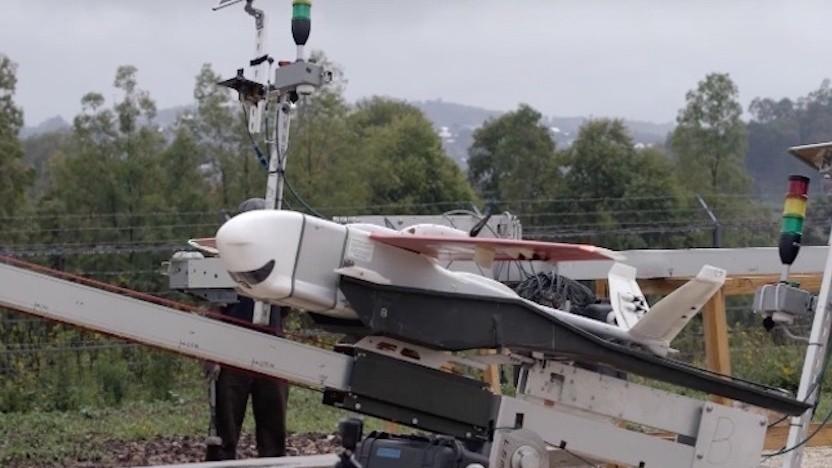 Zipline-Drohne auf einem Katapult