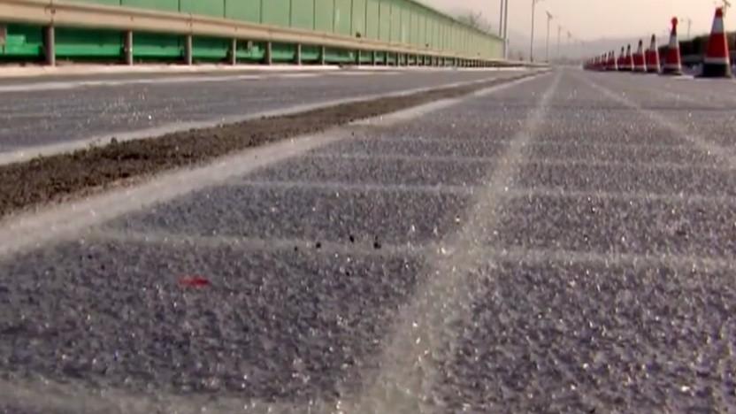 Solarzellen im Straßenbelag