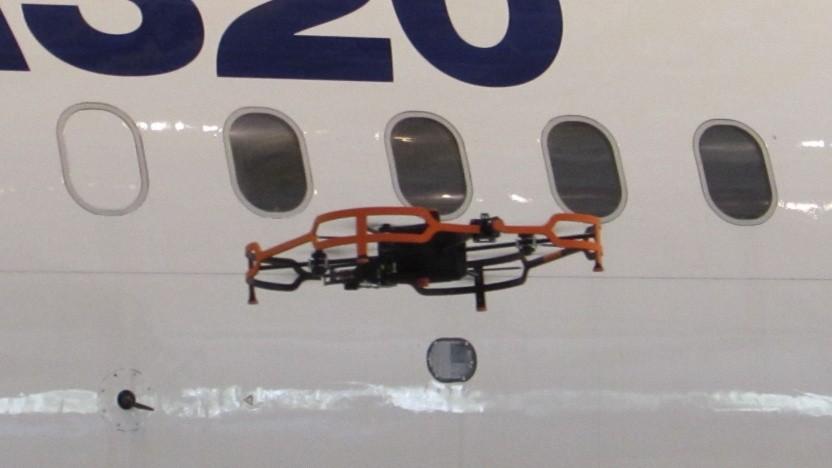 Advanced Inspection Drone: Die Inspektion des Flugzeugs dauert drei Stunden.