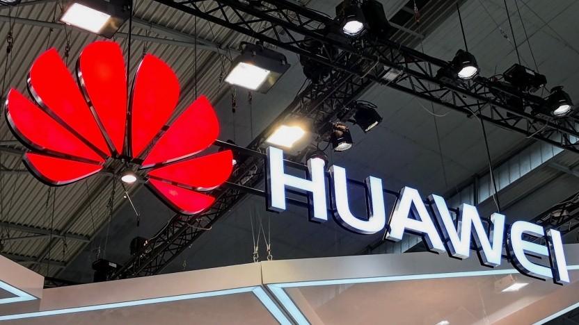 Huawei will offenbar auch ein faltbares Smartphone veröffentlichen.
