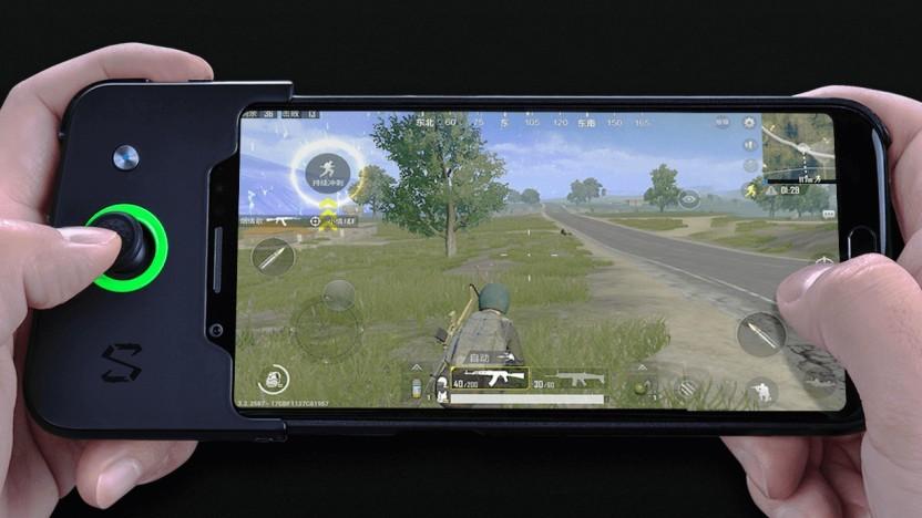 Das Blackshark von Xiaomi mit dem optionalen Handgriff