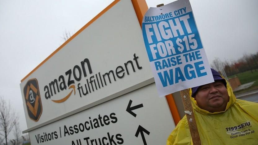 Demonstration bei Amazon für höhere Löhne