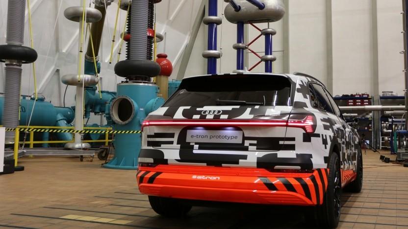 Audi präsentiert den neuen E-Tron im Siemens-Schaltwerk in Berlin.