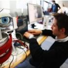 VDE Tec Report: Viele Firmen suchen IT-Experten im Ausland
