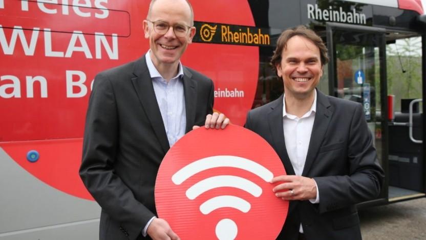 Michael Clausecker, Vorstandschef Rheinbahn (l.) und Martin Czermin, Senior Vice President B2B bei Unitymedia