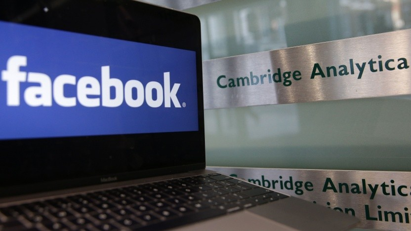 Der Datenskandal um Cambridge Analytica hat Facebook unter Druck gesetzt.