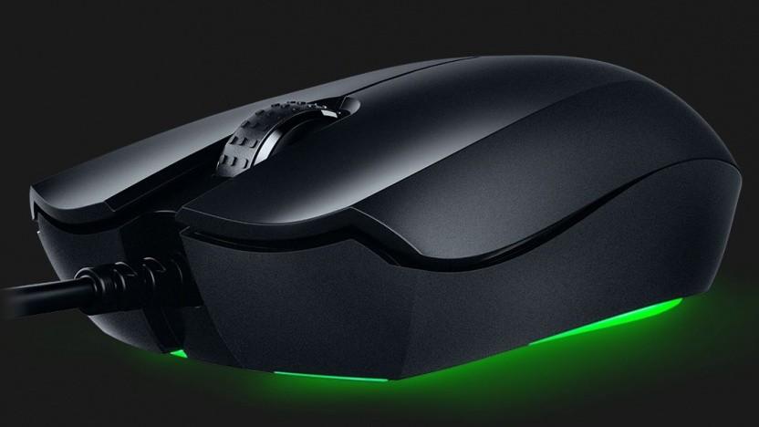 Die Abyssus Essential ist eine symmetrische Maus.