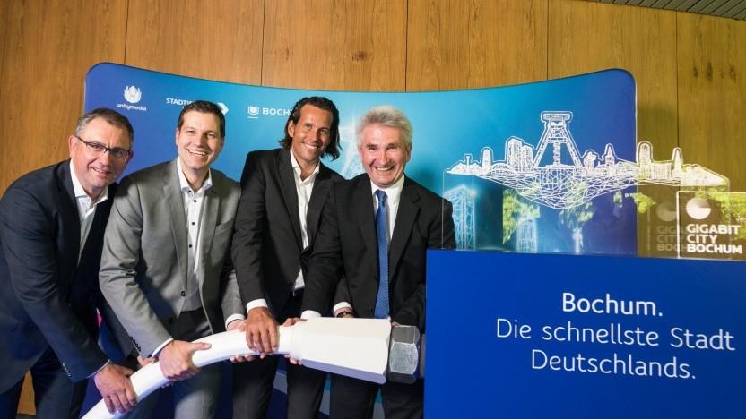 Unitymedia-Chef Lutz Schüler (zweiter von rechts)