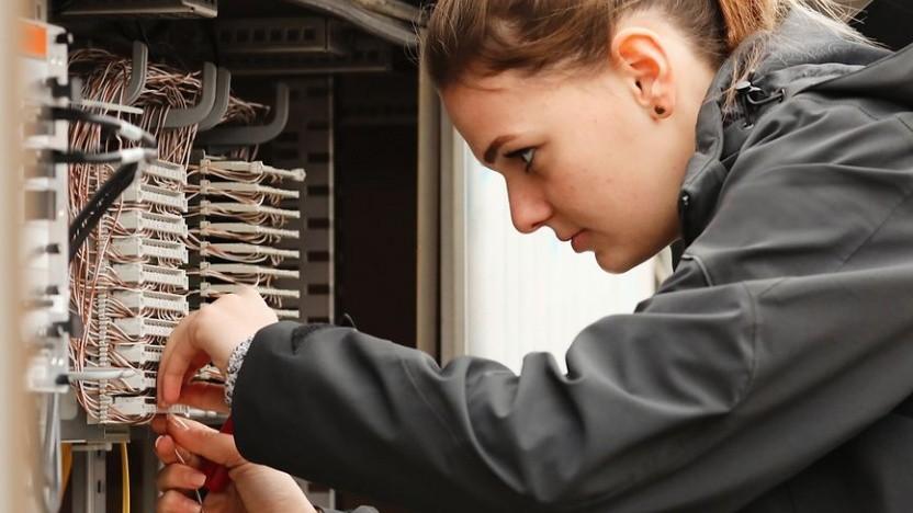 Vectoring-Ausrüstung von Huawei wird installiert.