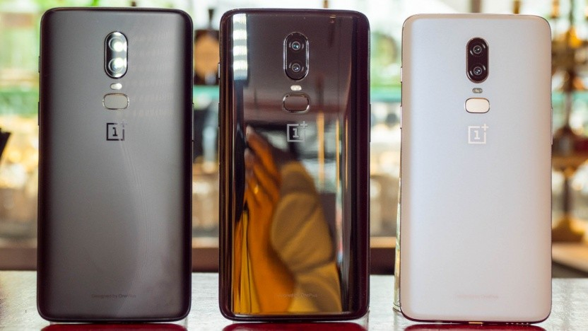Das neue Oneplus 6 in Midnight Black, Mirror Black und Silk White