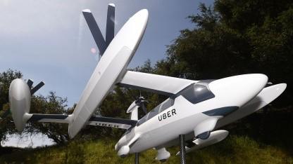 Ein Modell von Ubers geplantem Flugtaxi