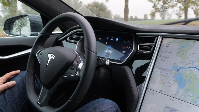 Linux dient als Grundlage für die Onboard-Systeme in Teslas Model S.