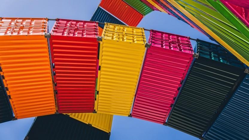 Das Projekt Kata Containers bietet eine VM für den Containereinsatz.
