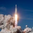 Raumfahrt: SpaceX verschiebt bemannte Mondumrundung