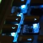 Roccat Vulcan: Gaming-Tastatur mixt Tippgefühl von MX Brown und MX Black
