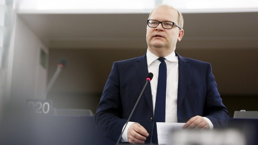 Urheber der Resolution ist Urmas Paet aus Estland.