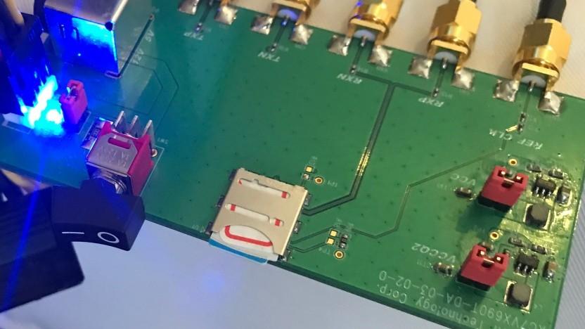 FPGA-Platine mit UFS-Card