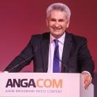 Pinkwart: Breitbandförderung mit dicken Leitzordnern erschlagen