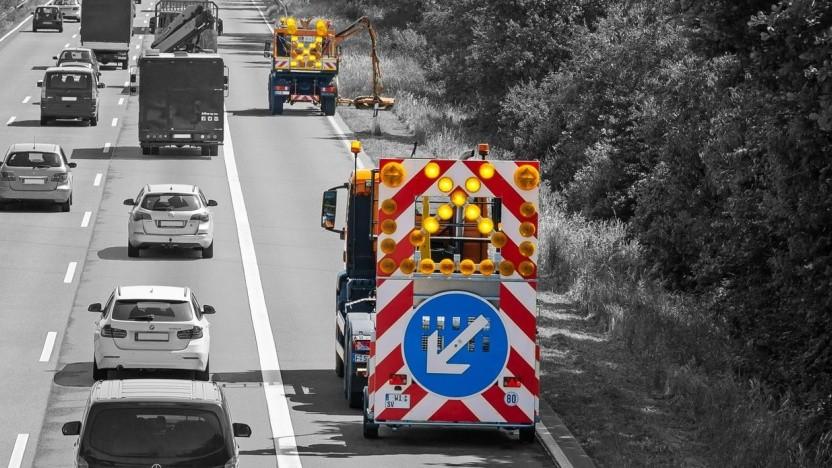 Fahrerlose Absicherungsfahrzeuge: Sensoren und Aktoren aus der Serie