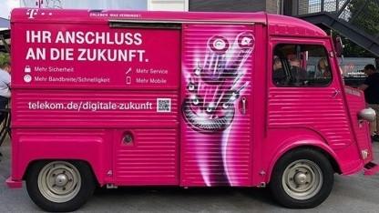 Werbemobil der Telekom