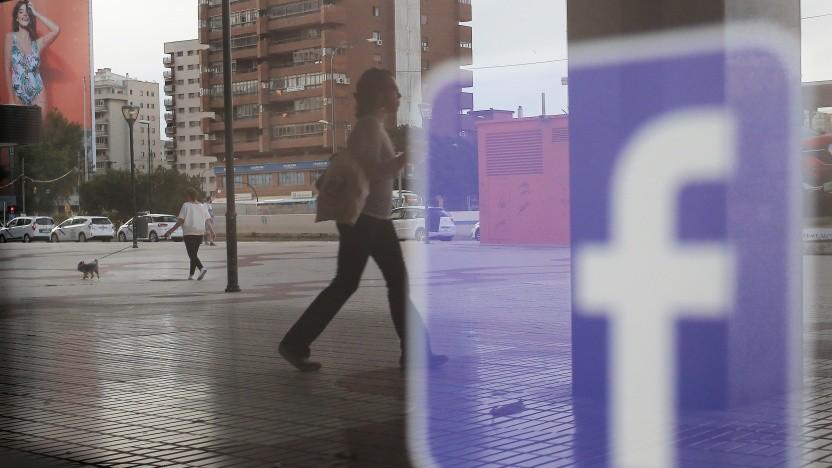 Dem sozialen Netzwerk droht in Großbritannien ein Bußgeld.